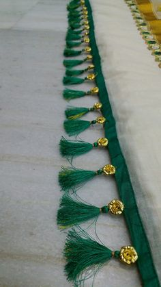 Saree Tassels Designs, Saree Kuchu Designs, Blouse Designs, Saree Border, Hand Crafts, Embroidered Blouse, Saree Wedding, Saree Blouse, Embroidery Patterns