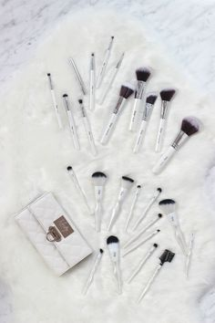 Literally, it's a brush heaven!  Head over to nanshy.com and get some of these vegan brushes now! ‪#‎Nanshy‬ ‪#‎makeupbrushes #makeup #beauty