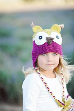 Piccadilly Plum Owl Hat in Purple