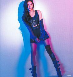 Your source of news on YG's current biggest girl group, BLACKPINK! Blackpink Jisoo, Kpop Girl Groups, Korean Girl Groups, Kpop Girls, Yg Entertainment, Jenny Kim, Blackpink Members, Black Pink, Blackpink Fashion