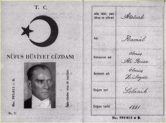 (Vertaling: Fubar) Mustafa Kemal 'Atatürk' was de volbrenger van de Griekse Genocide. Hij werd geboren in Salonica, Griekenland (toen deel van het Ottomaanse Rijk). Hij volgde de Ottomaanse Militai…