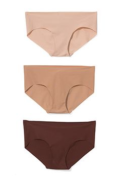 elastic-free, laser-cut panties, which never cause panty lines. Read more: http://www.oprah.com/style/2012-Fashion-O-Wards-O-Magazine-Fashion-Awards/6#ixzz26H34cpxD