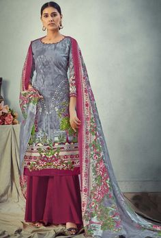 #Cotton #fabric is the #best #fabric in any #weathers, cotton #salwar #kameez is the best choice for any #girls or #womens, #Nikvik is the #bestseller of cotton salwar #suits in #USA #AUSTRALIA #CANADA #UAE #UK Cotton Salwar Kameez, Salwar Suits, Frock Patterns, Celebrity Gowns, Traditional Outfits, Fashion Pants, Printed Cotton, Gray Color, Dress Up