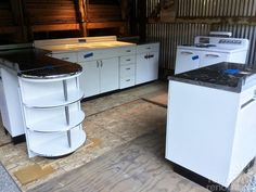 Boxed up for 67 years and now set free: Brand new 1948 Youngstown Kitchen cabinets + 1948 GE Airliner stove - 80 photos - Retro Renovation