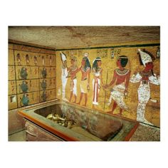 Egyptian Dynasty's The burial chamber in the Tomb of Tutankhamun, New Kingdom located at the Valley of the Kings, Thebes, Egypt. The The burial chamber in the Tomb of Tutankhamun, New Kingdom was created around the century. Ancient Egyptian Art, Ancient History, Egyptian Crafts, King Tut Tomb, The Boy King, Egypt Museum, Valley Of The Kings, E Book, Exploration