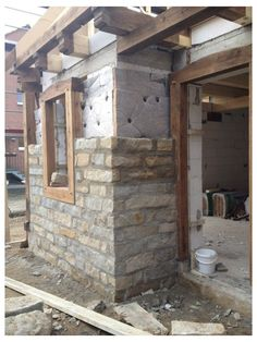 Building Stone, Building A House, Brick And Stone, Stone Houses, Exterior Design, Stone Exterior, Modern Architecture, Architecture Awards, Farmhouse Style