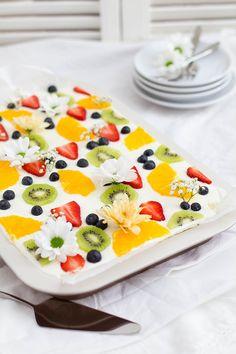 Lemon buttermilk cake - All About Buttercream Cupcakes, Buttercream Wedding Cake, Fresh Cake, Square Wedding Cakes, Fresco, Recipe Images, Baking Tips, Recipe Using, Love Food