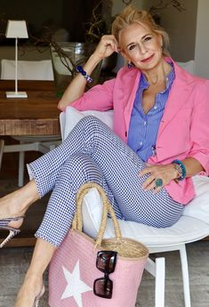 Chic Summer Outfits, Chic Summer Style, Spring Fashion Casual, Mature Fashion, Fashion Over 40, 50 Fashion, Mom Style, Stylish Outfits, Fashion Outfits