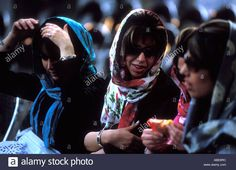 Download this stock image: Fashionable women northern Tehran Iran 2005 ©Mark Shenley - ABE8RC from Alamy's library of millions of high resolution stock photos, illustrations and vectors.