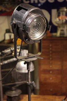 projecteur crémer ancien deco mobilier industriel