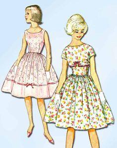 1950s Vintage Simplicity Sewing Pattern 2932 Sub Teen Girls Sun Dress Sz 8s 28B