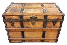 1890s Grouch & Fitzgerald Trunk