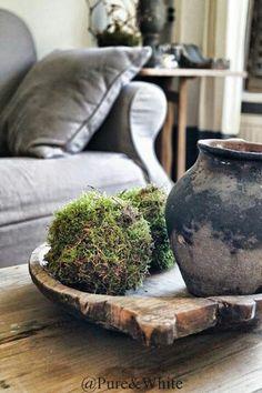 Het is niet moeilijk om zelf mosballen te maken. Lees hoe op www.blijmaakzooi.blogspot.nl Country Chic, Rustic Style, Rustic Elegance, Natural Living, Modern Industrial Decor, Pot Pourri, Rose Cottage, Rustic Interiors, Home And Living