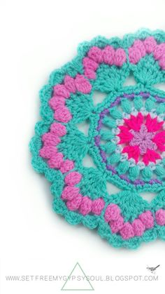 I'd rather be a Mermaid wouldn't you? Free your inner Mermaid with this free Sea Shell crochet Mandala pattern using trebles, bobble stit...