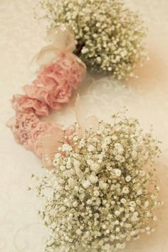 Flower girls' bouquets baby's breath