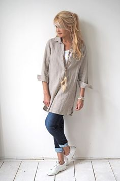 Best Fashion Tips for Women Over 40 - Fashion Trends Fashion Over 50, Love Fashion, Plus Size Fashion, Autumn Fashion, Fashion Looks, Womens Fashion, Mode Outfits, Casual Outfits, Fashion Outfits