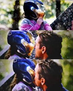 Tony Stark y Morgan Stark ❤️ Tony Stark, Captain Marvel, Marvel Avengers, Tony And Pepper, Spiderman, Stark Family, Daddy Issues, Scarlet Witch, Aquaman