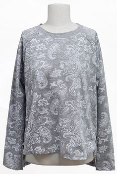 Winter Paisley Pattern Top (2 Colors)| Fall & Winter | Dolly & Molly | www.dollymolly.com | #black #white #monotone #streetfashion #korea #fashion #daily #top #lookbook #vintage #unique #grey #cotton #posh #tone #shades