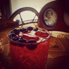What will you bring to our BYO? @bringandmix #cocktail #cocktails #southampton #bedfordplace #winchester #byo #friday #friyay #tgif #vodka #gin #cranberry #blueberries #blueberry #bitters #byo #bringyourown #prohibition #1920s #1930s #drink #alcohol #mixology #mixologist