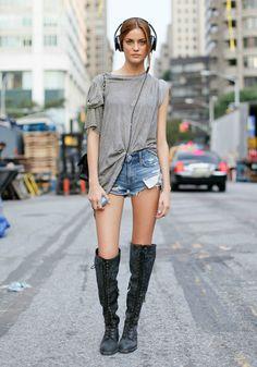 How to Dress Like an Off-Duty Supermodel - 29Secrets