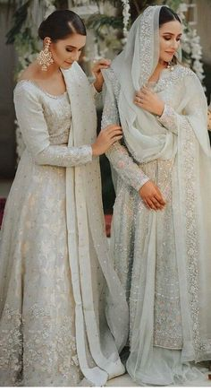 Are You Ready For Your Nikaah:- AwesomeLifestyleFashion Pakistani Fashion Party Wear, Pakistani Wedding Outfits, Indian Bridal Outfits, Pakistani Bridal Dresses, Pakistani Wedding Dresses, Pakistani Dress Design, Asian Bridal Dresses, Asian Wedding Dress, Wedding Dresses For Girls