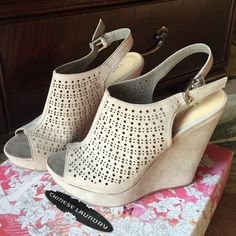 Chinese Laundry Wedges-New Never worn. Micro suede grey (taupe) Chinese Laundry Shoes Wedges
