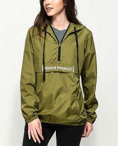 China Custom women's nylon hooded pullover windbreaker long coaches jacket with print on Global Sources Pullover Windbreaker, Womens Windbreaker, Rain Wear, Tight Leggings, Outdoor Outfit, Haikou, Wholesale Clothing, Pretty Outfits, Hooded Jacket