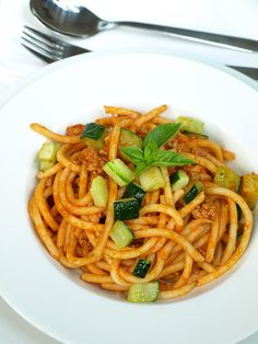 Spaghetti alla bolognese z cukinią