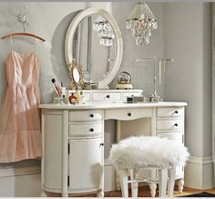 Vintage, chic, classy, and glam! I would redo my room this style. A vanity is essential for a teen girl.