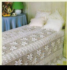 Gallery.ru / Фото #108 - serwety - bozena027 Free Crochet Bag, Filet Crochet, Crochet Doilies, Vintage Crochet Patterns, Doily Patterns, Crochet Round, Crochet Home, Crochet Bedspread Pattern, Small Blankets