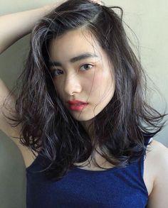 @nanuk_takahashi.buriのInstagram写真をチェック • いいね!523件 Permed Hairstyles, Cool Hairstyles, Medium Hair Styles, Curly Hair Styles, Salon Style, Dream Hair, Love Hair, About Hair, Hair Looks
