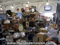 Tienda Percussion Village, en Milán (Italia)