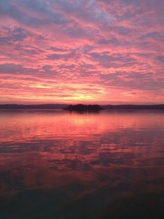 Sunset in the Stockholm archipelago reflects the end of the Scandinavian summer  Blog | S K A N D I N A V I S K