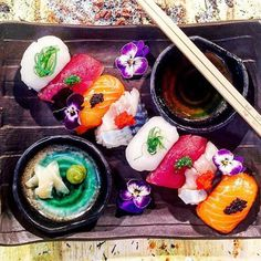 Nigiri platter by @chef1478 via @PhotoAroundApp. Use #chefsplateform for get featured!#foodstyle#food#foodie#foodpic#hungry#instafood#eat#eating#gourmet#foods#yum#yummy#chefslife#chefstalk#foodgasm#foodstagram#foodporn#chef#culinary#truecooks#gastronogram#instachef#wildchefs#repost#fresh#foodphotography#tasty#delicious by chefsplateform