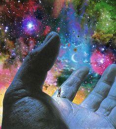 Estava num lugar onde o tempo não existia como o conhecemos, sem passado, futuro, ou presente. Havia movimento à sua volta, porém, era co...
