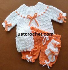 New Baby Girl Crochet Dress Free Pattern Ravelry Ideas Crochet Onesie, Crochet Baby Pants, Crochet Dress Girl, Baby Girl Crochet, Crochet Poncho, Crochet Clothes, Crochet Socks, Baby Set, Baby Outfits