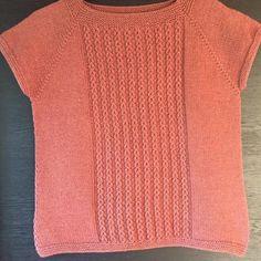 Sweater Knitting Patterns, Hand Knitting, Knit Vest, Bikini, Design Inspiration, Sweaters, Cardigans, Crochet, Tees