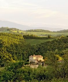 Tour Debbie Travis s vacation home in Tuscany a44b941f0