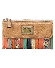 fossil wallet for spring- just bought this in green :)