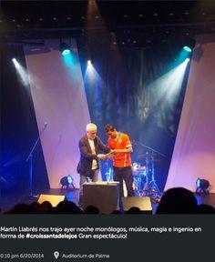 www.martinllabres.com Gracias al Auditorum de Palma por acogerme tan bien. #martinllabreslive #croissantsdelejos Músico Monólogo Magia