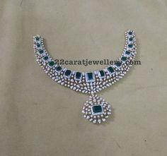 Square Shaped Emeralds Diamonds Set - Jewellery Designs