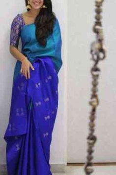 How to Select the Best Modern Saree for You? Pattu Saree Blouse Designs, Half Saree Designs, Fancy Blouse Designs, Blue Silk Saree, Soft Silk Sarees, Royal Blue Saree, Silk Saree Kanchipuram, Ikkat Saree, Modern Saree