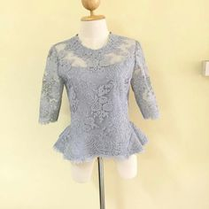 Batik Kebaya, Batik Dress, Silk Dress, Traditional Dresses Designs, Thai Traditional Dress, Myanmar Dress Design, Thai Dress, Brokat, Dress Patterns
