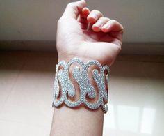 Free Shipping Shining Fashion Jewelry Cuff Bangle Bracelet with Wavy Decal