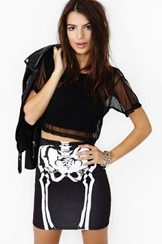 "X-Ray Skeleton ""bad to the bone"" Skirt Worn once for Halloween. Super fun to wear out. Really comfy too! Purchased from Nasty Gal but not Nasty Gal brand. Summer Outfits, Cute Outfits, Summer Clothes, Bad To The Bone, Emily Ratajkowski, Grunge Fashion, Punk Fashion, Hipsters, Nasty Gal"