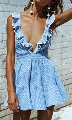Mioim d'éme style dress femmes rayé bleu col v profond ruches lady robes sexy dos nu mini parti vestidos mujers Dresses Short, Sexy Dresses, Casual Dresses, Party Dresses, Dress Party, Mini Dresses, Backless Dresses, Skater Dresses, Pleated Dresses