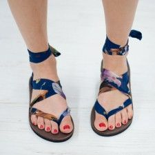Ribbon Sandals can tie in numerous ways, giving you a ton of different styles!