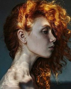 40 Ideas for photography portrait freckles girls Profile Photography, Face Photography, Amazing Photography, Photography Of People, Photography Ideas, Paint Photography, Bob Hair Color, Freckles Girl, Portrait Inspiration