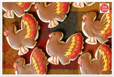 Aren't these cute?  Follow the links:  Bridget has a post where she tells you exactly how to decorate your Turkey cookies! My lucky day!! They're not nearly as complicated as they look! and Bridget's instructions are fantastic!!
