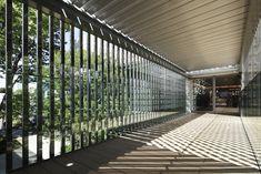Galeria de T-Site / Klein Dytham Architecture - 20